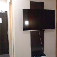 上からエアコン、TV、空気清浄機