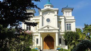 サント ミカエル教会