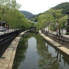 城崎温泉の町並み
