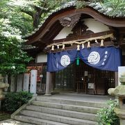 鈴木家の氏神を祀り、熊野詣の際の上皇法皇の宿泊地