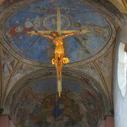 聖セルファースの胸像や宝物がたくさんありました。
