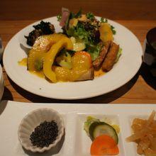 たまな定食(¥1,890)玄米は発酵玄米に追加料金で変更可