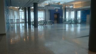 混雑することなく使いやすい空港でした。