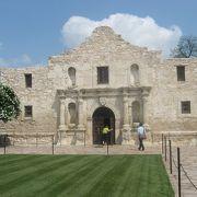 テキサスがメキシコから独立しようとした時の、激戦となった舞台です。