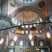 美しい巨大モスク!