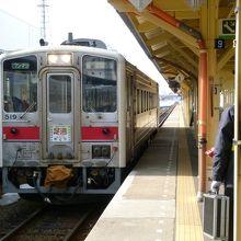 釧路駅にて・・・1両編成なのね!
