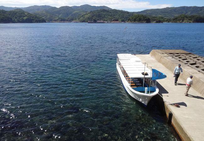 加賀の潜戸観光グラスボート