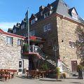 古城風の素敵なホテル
