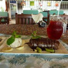 手作りチョコケーヨと手作りバニラアイス