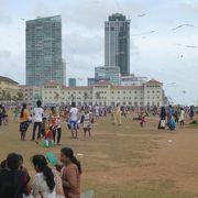 インド洋に面した市民の憩いの場