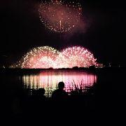 都会の花火しか見たことない人にとってはびびっくり!