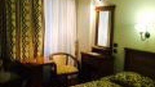 エフェハン ホテル