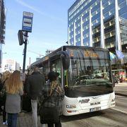 市街地からバスターミナルへは2番系統のバスを利用可能
