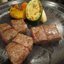 近江牛のステーキ