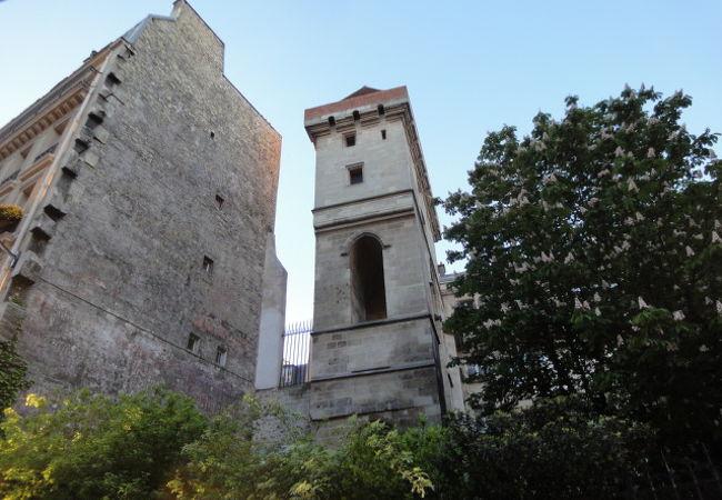 ジャン サン プールの塔