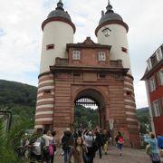 ハイデルブルクにかかる古くからある橋