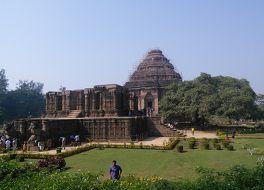 コナーラクの太陽神寺院 (スーリヤ寺院)