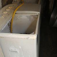 二層式洗濯機(脱水機能あり)