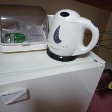ポット・湯のみ・グラス・冷蔵庫