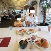 ハンバーガー食べちゃいました。