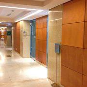 明洞・ロッテホテル6階にある板門店への入口