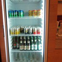 ラウンジ ソフトドリンク及びビール類は終日あります。