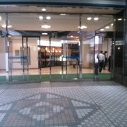 田町駅のショッピングビル