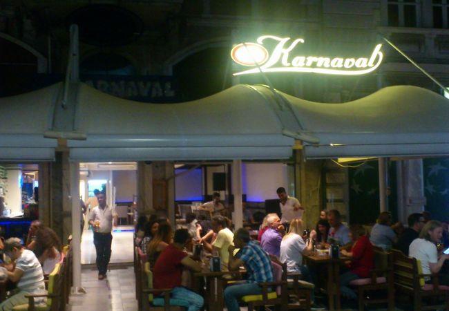 カナバル カフェ & バー