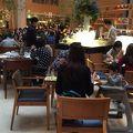 駅近立地の大型ホテル、1Fの朝食会場は種類の広さも圧巻