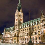 ハンブルクを象徴する建物