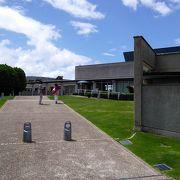 眺めの良い丘の美術館
