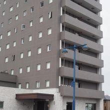アズイン東近江能登川駅前の外観