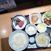 愛媛と香川の郷土料理が頂ける