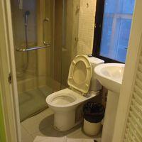 トイレとシャワーはセパレート。この点は長所。