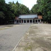 宮崎神宮の並び