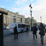 パークインプリバルチスカヤホテルから7番のバスでメンシコフ宮殿や宮殿橋に行けます!