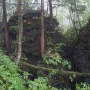 噴湯丘と球状石灰石