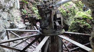 日本軍防空壕・大砲跡