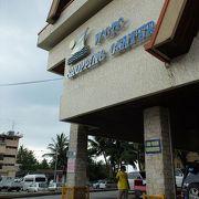 パラオのお土産はここで、と紹介される事の多いショッピング・センター。