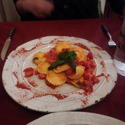 小さいながら、最高に美味しいレストラン、ラヴィオリの味付けは、最高。