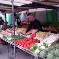 パリの素朴な市場