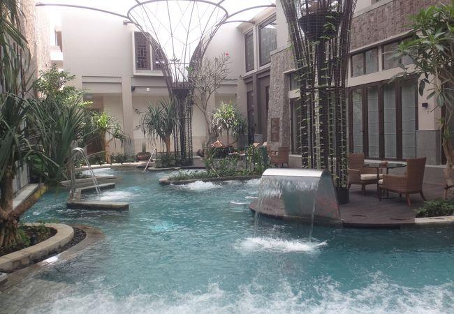 ヌサドゥアホテル 『ザ・リッツ・カールトン・バリ』のスパが2015年10月1日にオープンしました。