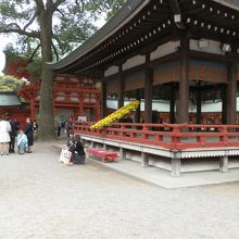 舞殿と楼門