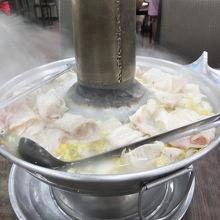 劉家酸白菜火鍋 (中正堂本館店)