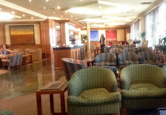 アメリカンエアライン アドミラルスクラブ (アルトゥーロ メリノ ベニテス国際空港)