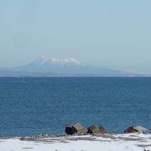国後島の羅臼山