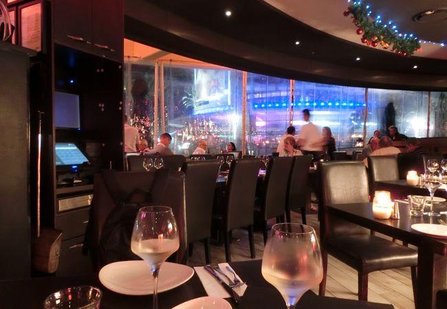 Koi Dining & Lounge Bar
