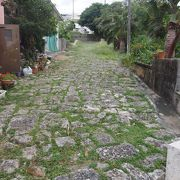 宮古神社への石畳の坂道