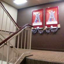 2階席へ行く階段の途中
