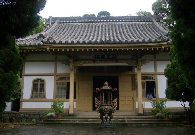 温泉地の仏教寺院